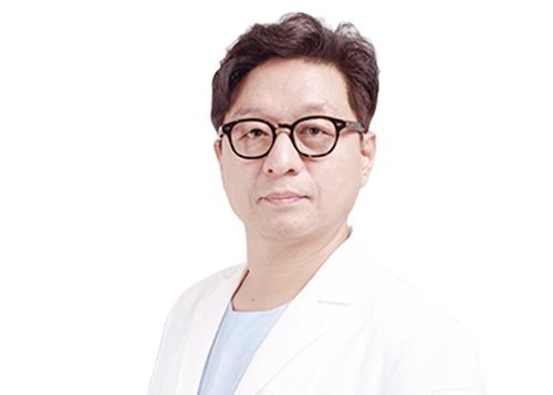 尹源晙(韩国)